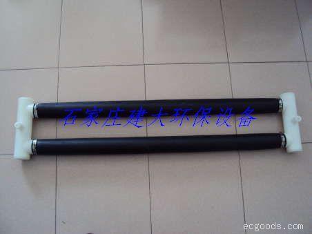 悬挂链式双管曝气器